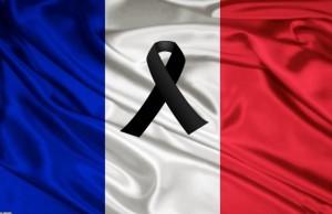 francia_lutto_bandiera-745x483